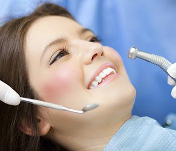 Dr Munira Lokhandwala, Starbrite Dental, Providing Dental Treatments