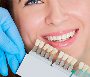 Fix Your Teeth Gaps With Porcelain Veneers in Fremont area